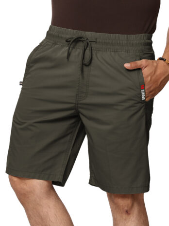 SOLID SHORTS WITH SIDE POCKETS